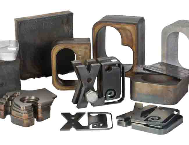 Small HNC-4000H Economical CNC Plasma & Oxy-Fuel Plate Cutting Machine image